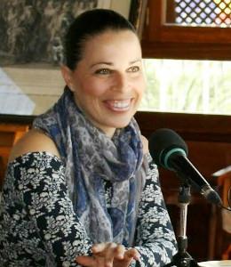 Bianca Aparicio - Escritora y Aventurera