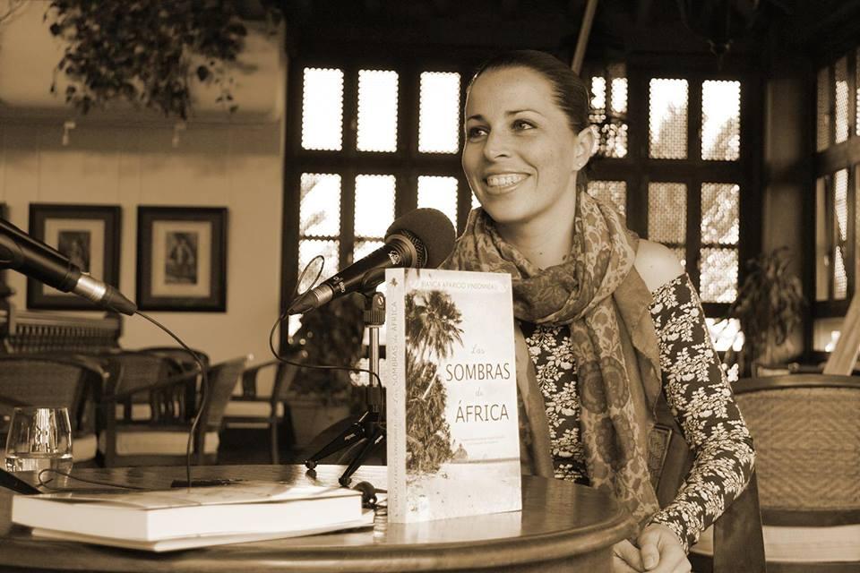 Bianca Aparicio - Escritora